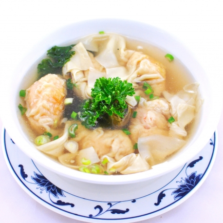 Potage aux raviolis de crevettes